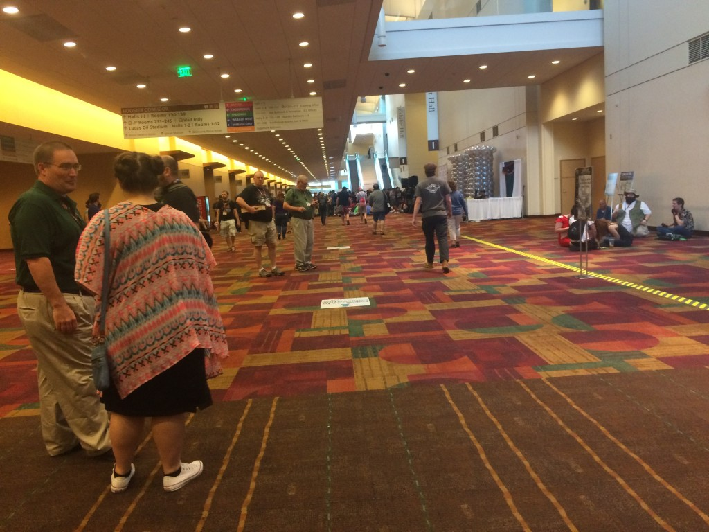 The crowd outside the vendor hall at 8:30...