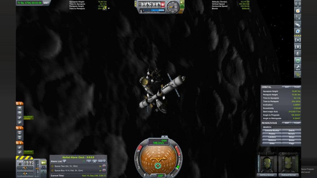 Here is my Mun base! The Mun is sort of like KSP's version of the Moon.
